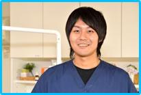 歯科医師 豊田裕輔
