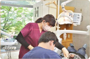 about_dental_assistant_01
